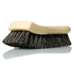 מברשת יד שערות סוס לריפודים ועור SM Arnold